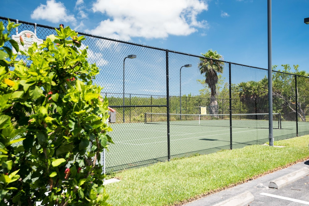 Tennis Court, Sunrise Suites Resort