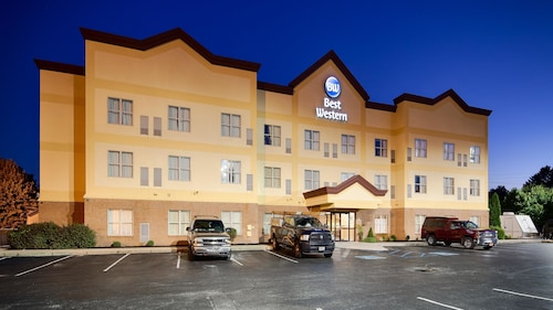 Check Expedia for Availability of Best Western Airport Suites