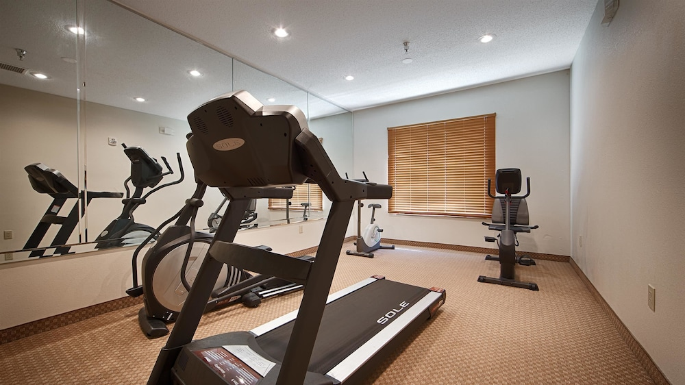 Fitness Facility, Best Western Airport Suites