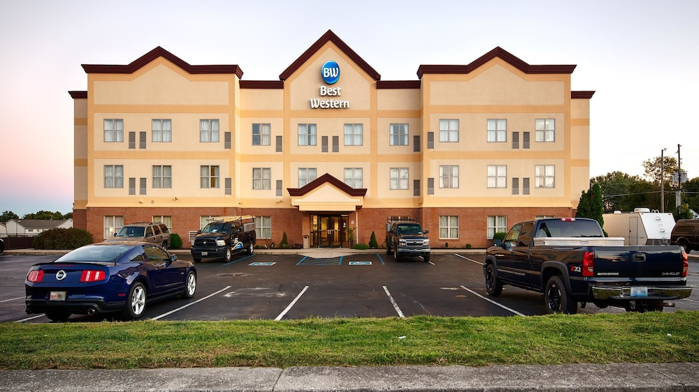 Front of Property, Best Western Airport Suites