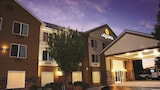La Quinta Inn & Suites Central Point-Medford - Central Point Hotels