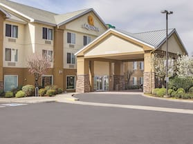 La Quinta Inn & Suites by Wyndham Central Point - Medford