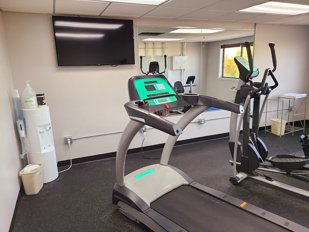 Fitness Facility, AmericInn by Wyndham Inver Grove Heights Minneapolis