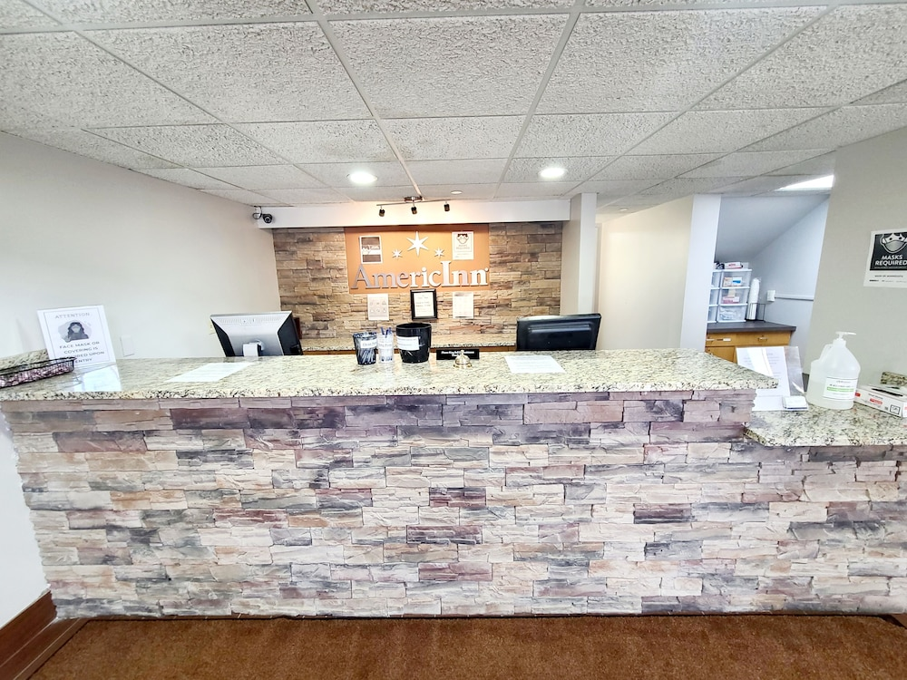 Concierge Desk, AmericInn by Wyndham Inver Grove Heights Minneapolis
