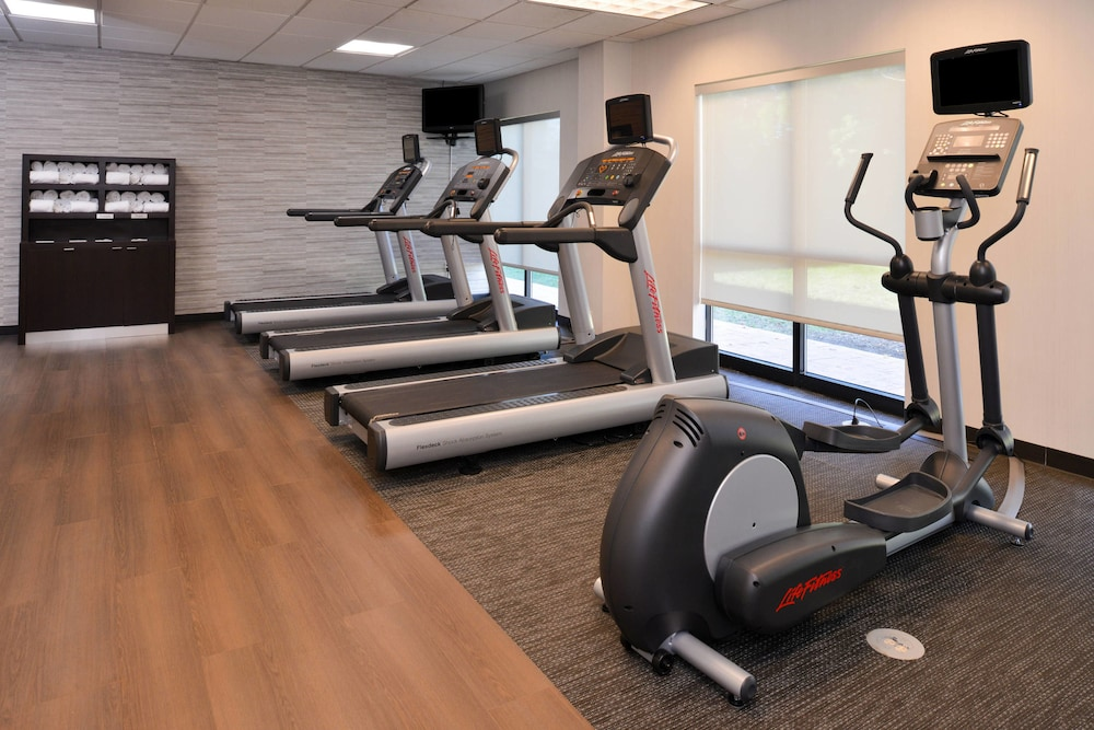 Fitness Facility, Courtyard by Marriott Charlotte Gastonia