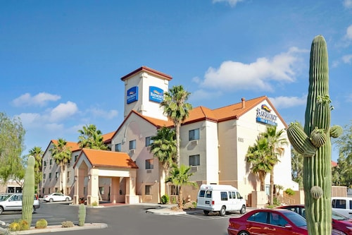 Check Expedia for Availability of Baymont by Wyndham Tucson Airport
