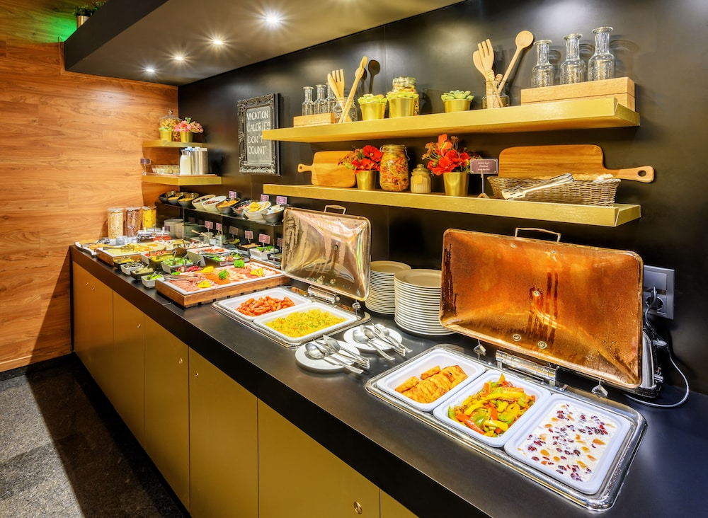 Breakfast buffet, Ambra Hotel