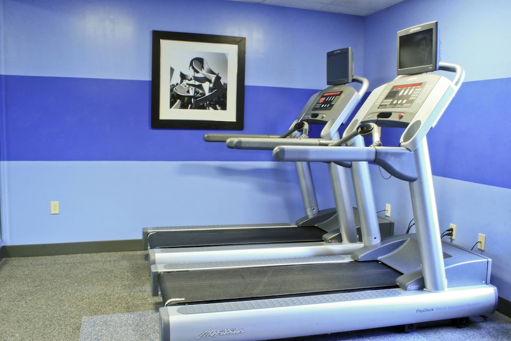Fitness Facility, Four Points by Sheraton Charlotte - Pineville