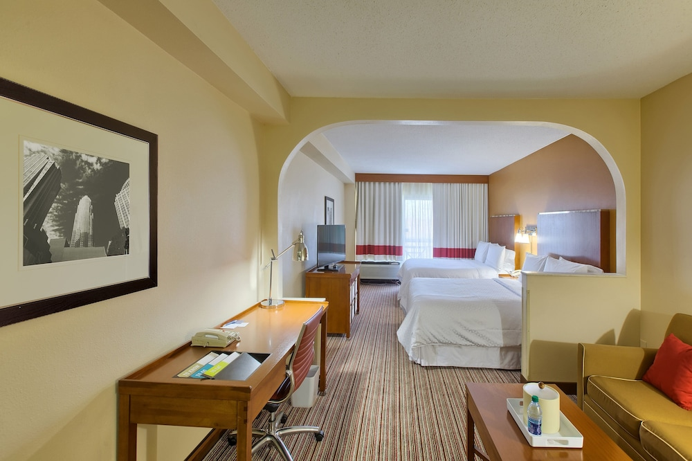Room, Four Points by Sheraton Charlotte - Pineville