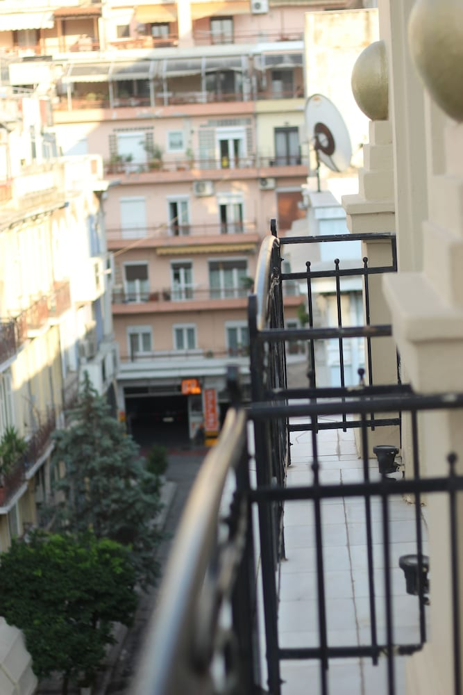 Street View, Andromeda Hotel Thessaloniki