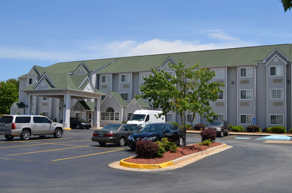 Front of Property, Stay Express Inn & Suites Atlanta