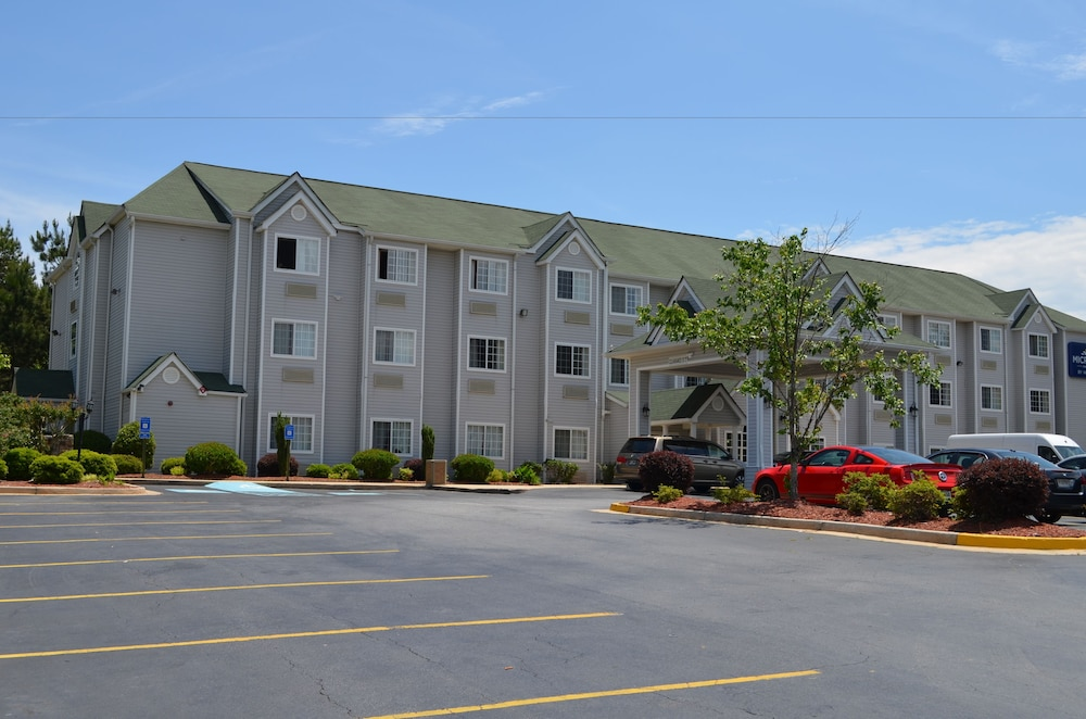 Property Grounds, Stay Express Inn & Suites Atlanta