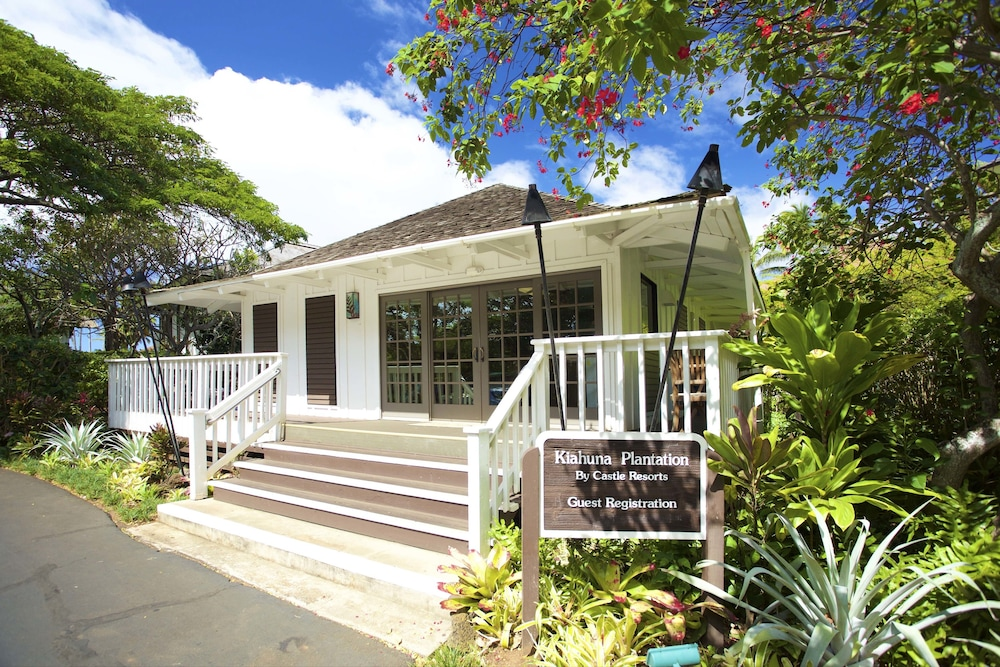 Castle Kiahuna Plantation & Beach Bungalows in Kauai