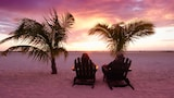 The Lighthouse Resort Inn & Suites - Fort Myers Beach Hotels