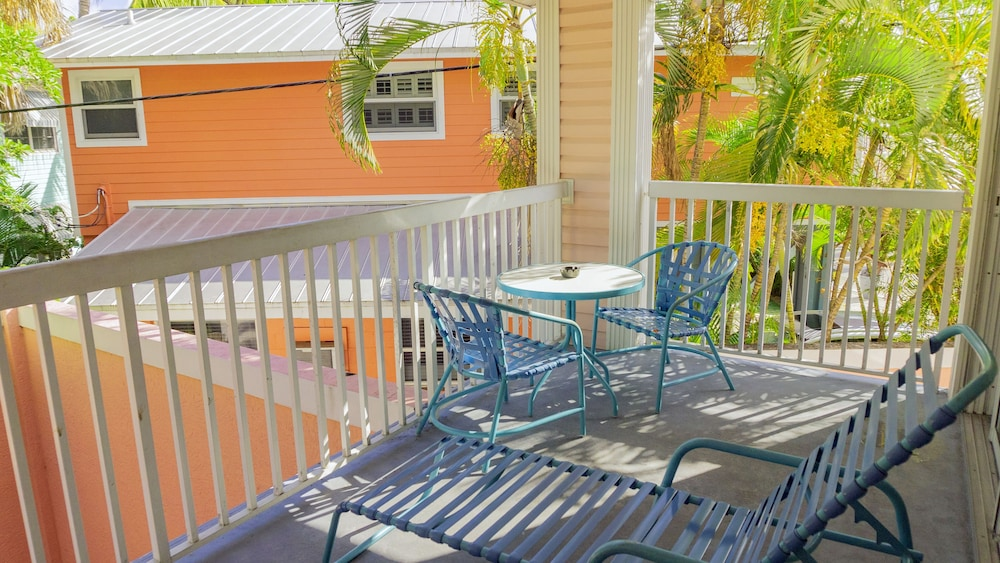 Terrace/Patio, The Lighthouse Resort Inn & Suites