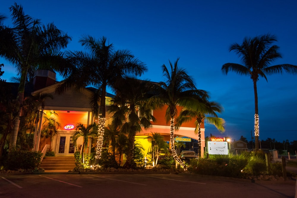 Front of Property - Evening/Night, The Lighthouse Resort Inn & Suites