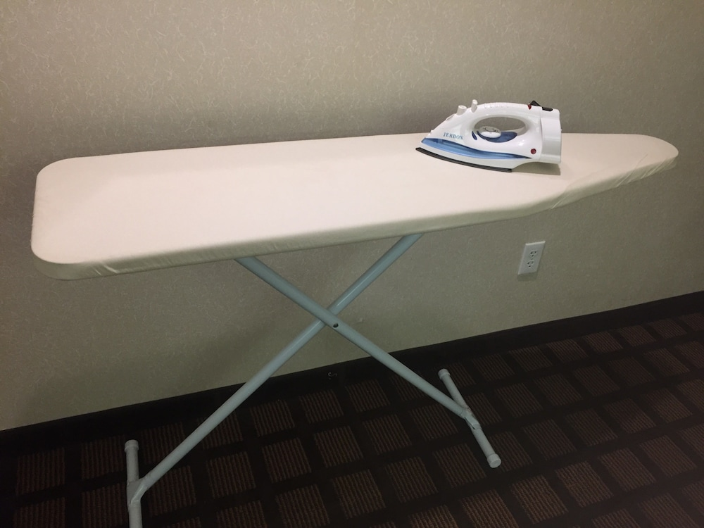 Iron/Ironing Board, Microtel Inn & Suites by Wyndham Uncasville