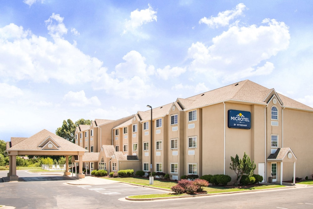 Featured Image, Microtel Inn & Suites by Wyndham Claremore