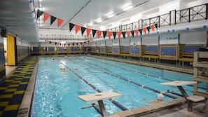 2 binnenzwembaden