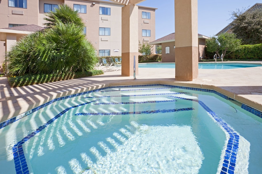 Pool, Staybridge Suites San Angelo