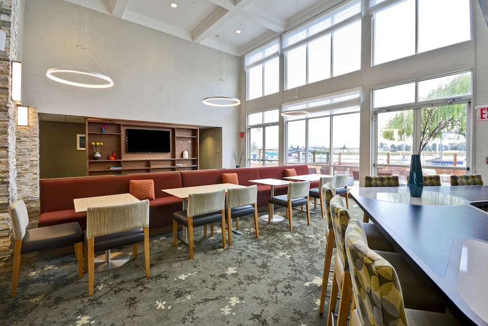 Lobby, Homewood Suites by Hilton Oakland-Waterfront