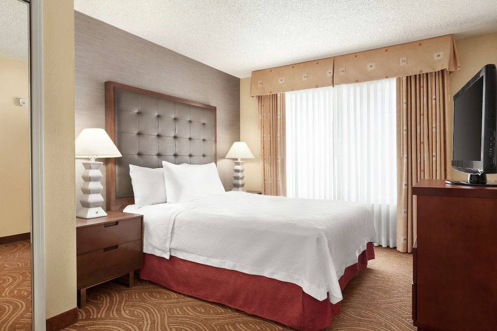 Room, Homewood Suites by Hilton Oakland-Waterfront