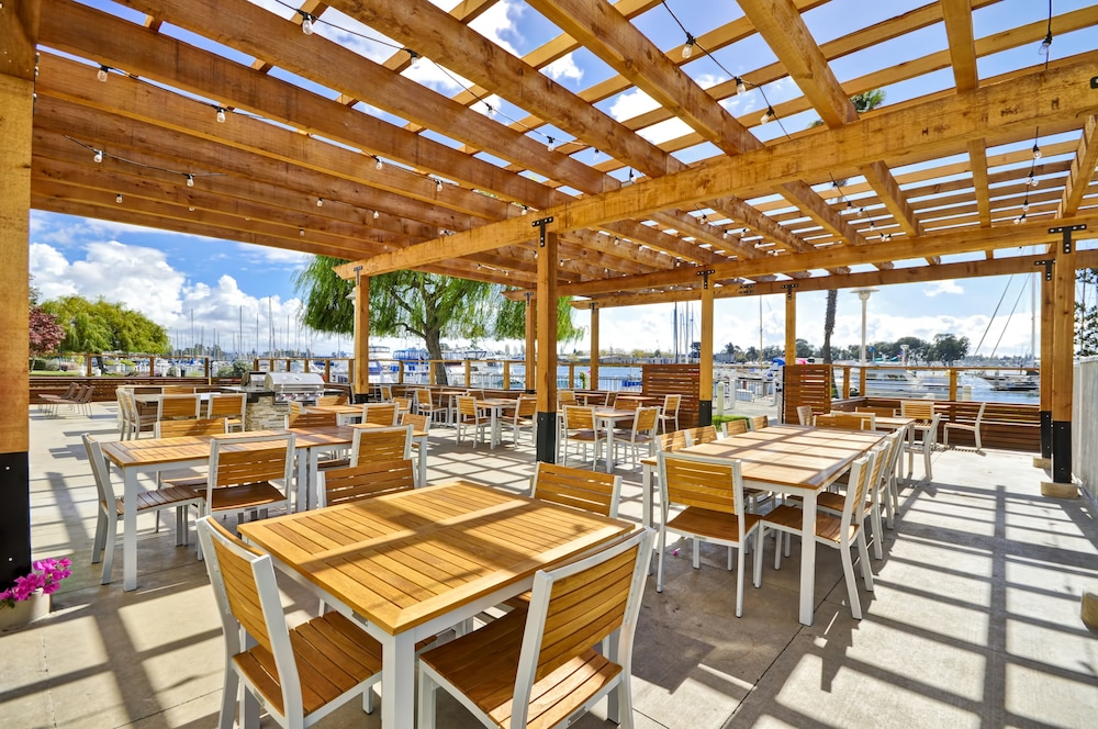 Outdoor Banquet Area, Homewood Suites by Hilton Oakland-Waterfront