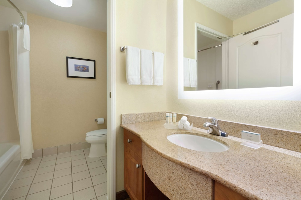 Bathroom, Homewood Suites by Hilton Oakland-Waterfront