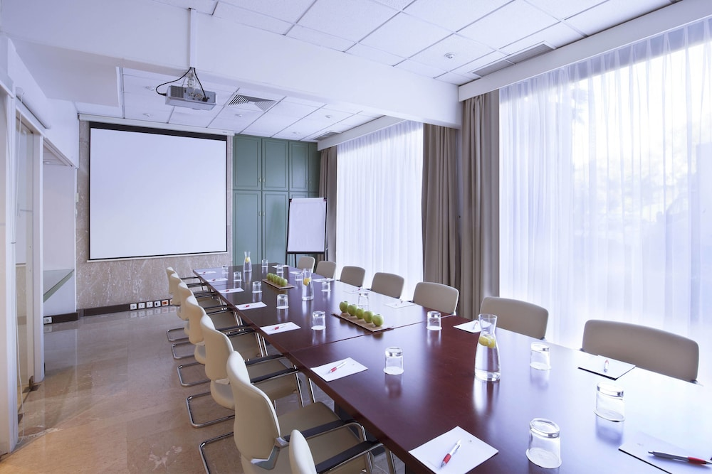 Meeting Facility, Lisbon Marriott Hotel