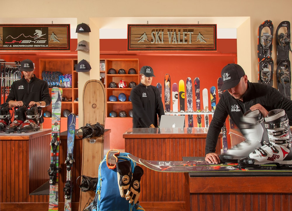 Snow and Ski Sports, Snake River Lodge & Spa