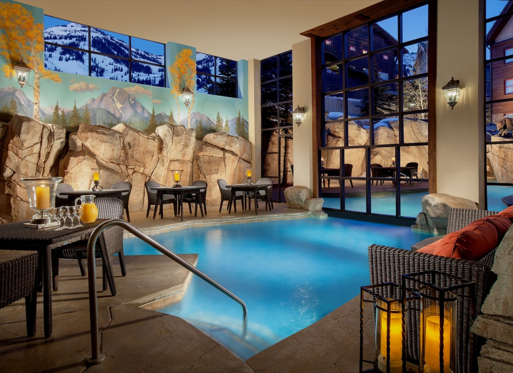 Indoor Pool, Snake River Lodge & Spa