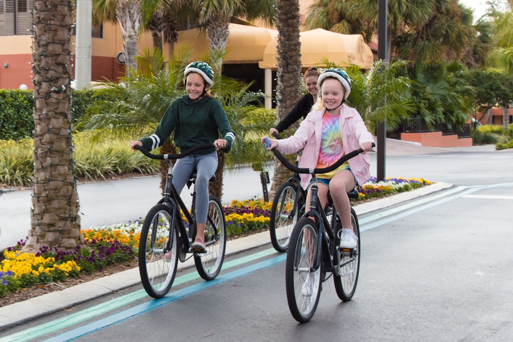 Bicycling, Westgate Lakes Resort & Spa Universal Studios Area