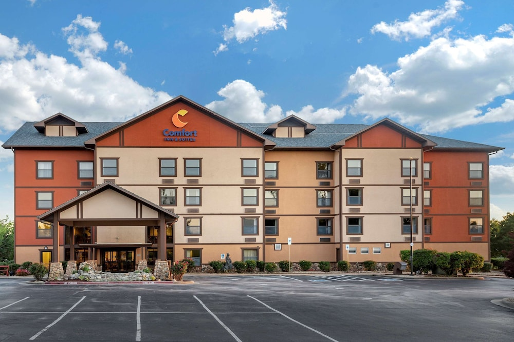 Featured Image, Comfort Inn & Suites Branson Meadows