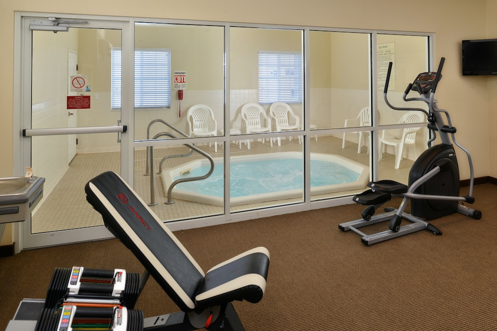 Fitness Facility, Mainstay Suites Fargo