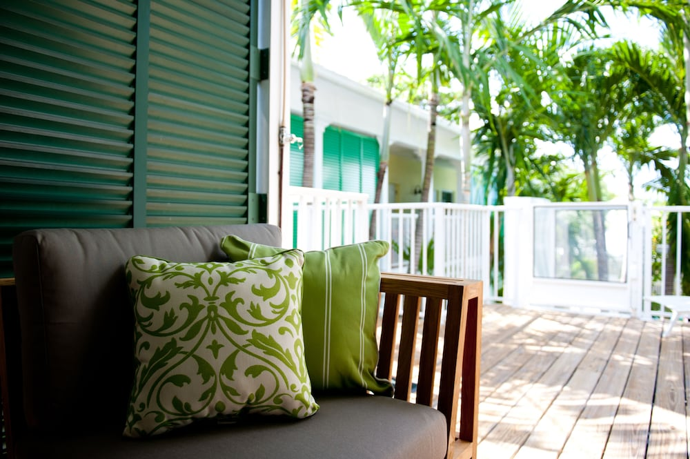 Porch, Almond Tree Inn