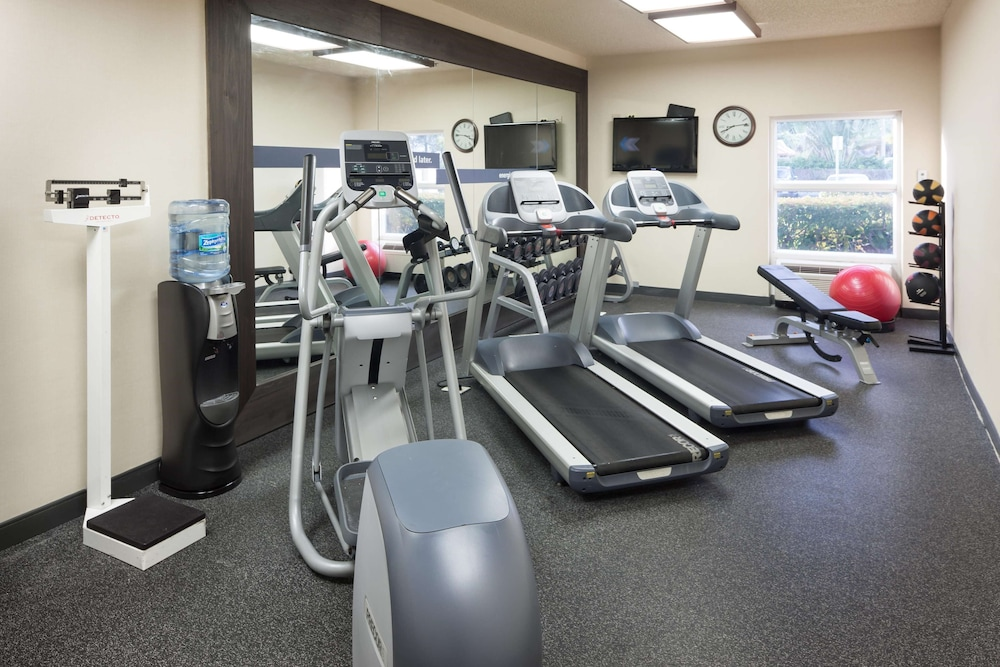 Fitness Facility, Hampton Inn Ft. Lauderdale Airport North Cruise Port