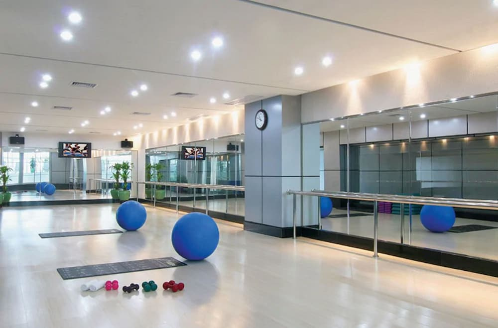 Fitness Studio, The Pavilion Hotel