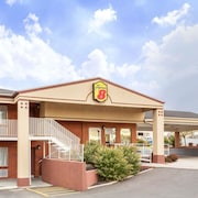 Super 8 by Wyndham Salina/Scenic Hills Area
