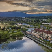 Prestige Harbourfront Resort Salmon Arm
