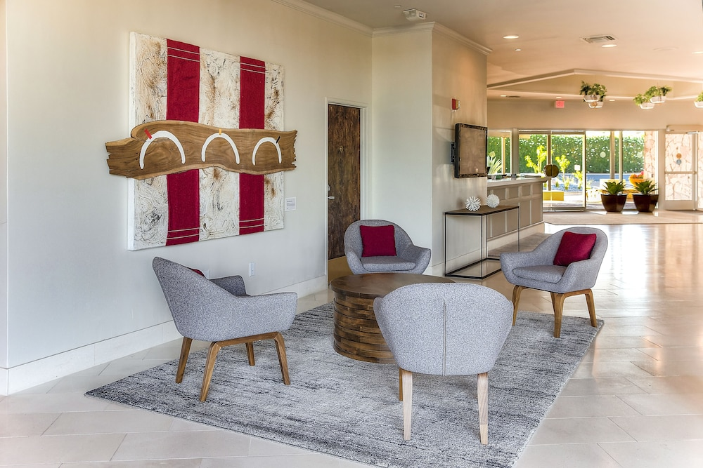 Awesome 1963 Ranch Living Room Furniture Placement With Featured Image Lobby Sitting Area Civana Carefree Spa Resort In Phoenix Hotel Rates u0026 Reviews On Orbitz