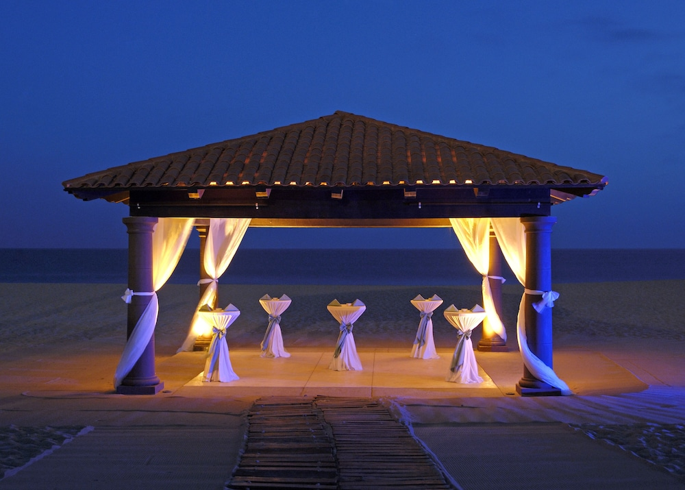 Outdoor Banquet Area, Pueblo Bonito Sunset Beach Golf & Spa Resort - All Inclusive