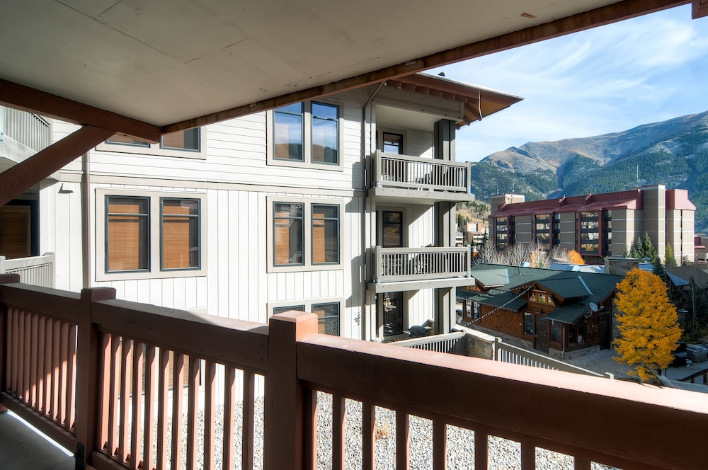 Balcony, Copper One at Center Village by Copper Mountain Lodging