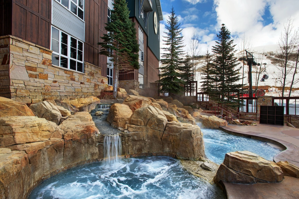 Outdoor Spa Tub, Marriott's MountainSide at Park City