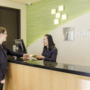Holiday Inn Melbourne on Flinders