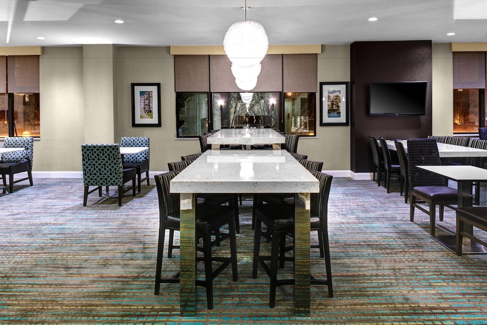 Dining, Residence Inn by Marriott Atlanta Midtown/Peachtree at 17th