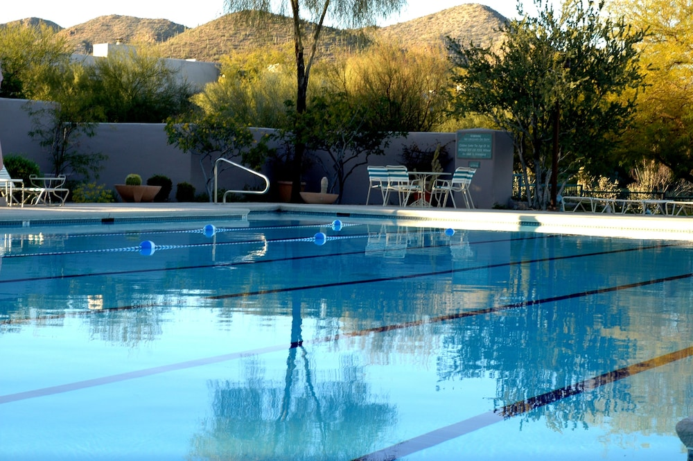 Pool, Starr Pass Golf Suites