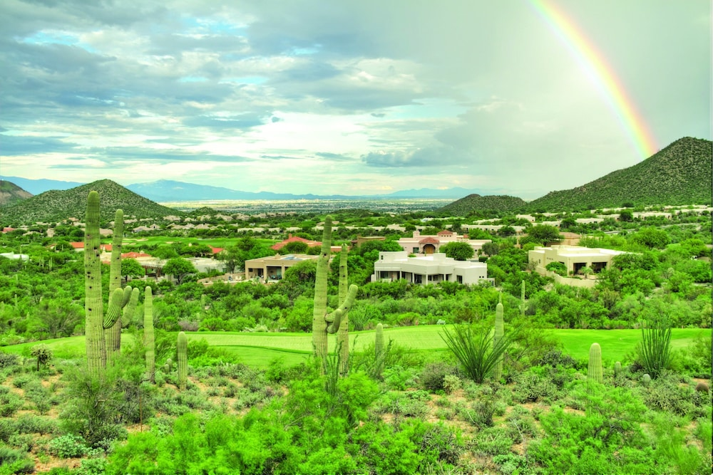 Featured Image, Starr Pass Golf Suites