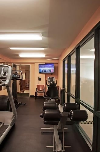 Fitness Facility, D. Hotel Suites & Spa
