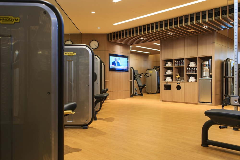 Fitness Facility, Renaissance Hong Kong Harbour View Hotel
