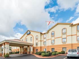 Days Inn & Suites by Wyndham Prattville-Montgomery
